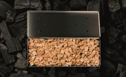 how to use a smoker box